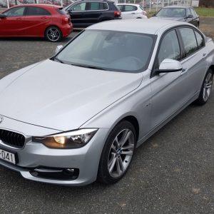 BMW serija 3 318d Sport Line
