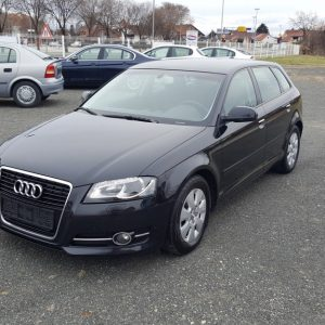 Audi A3 1,6 TDI 105ks Sportback Attraction, bi-xenon, navi, alu 15″