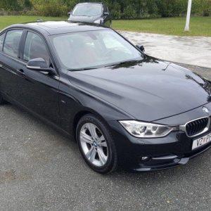 BMW serija 3 320d Sport Line, bi-xenon, crvena koža, 17″ alu