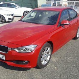 BMW serija 3 318d 143 ks, navigacija, dual klima, 17″alu, ful servisna