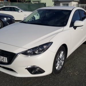 Mazda 3 2.2 CD150, Center Line, bijela perla, navi, alu 16, pdc