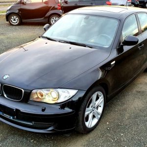 BMW serija 1 116d, bi-xenon, 17″+16″ alu, šiber, navi, pdc, servisna