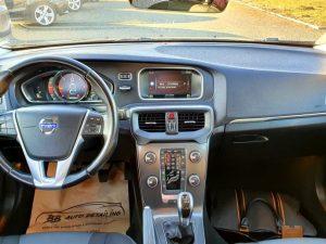 Volvo V40 D2 Kinetic, LED kontrolna, navi, kamera, pdc, euro kuka
