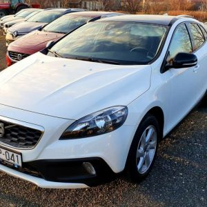 Volvo V40 D3 Cross Country, LED kontrolna, navi, panorama, pdc, 16″alu