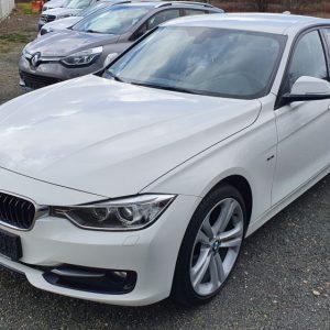 BMW serija 3 320d automatik Sport Line, 19″ alu, bi-xenon, navi