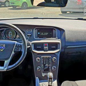 Volvo V40 D3 Momentum, 2.0 150ks, bi-xenon, 16″ alu, LED kokpit, navi