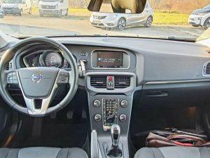 Volvo V40 D2 120ks, Momentum, virtual kokpit, panorama, pdc x2, 16″alu