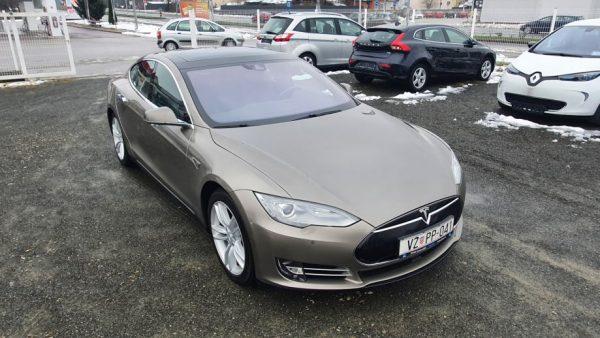 Tesla Model S 70D, 4×4, 19″ alu, bi-xenon, panorama, koža, u PDV-u