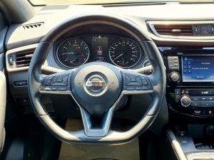 Nissan Qashqai 1,6 DIG-T Tekna, LED, 19+17 alu, pano, servisna+jamstvo